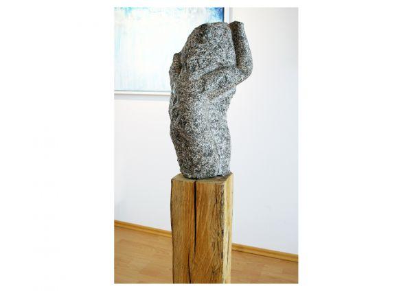 "Abstrakte Skulptur [Granit], René Theurich: ""Marter"""