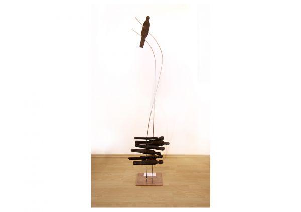 "Moderne Skulptur Holz, René Theurich: ""Solokarriere"""