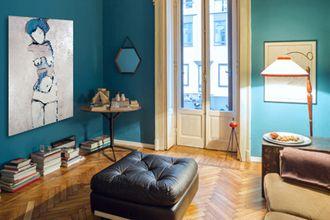 Retro Style Trifft Auf Abstrakte Kunst Im Wohnzimmer